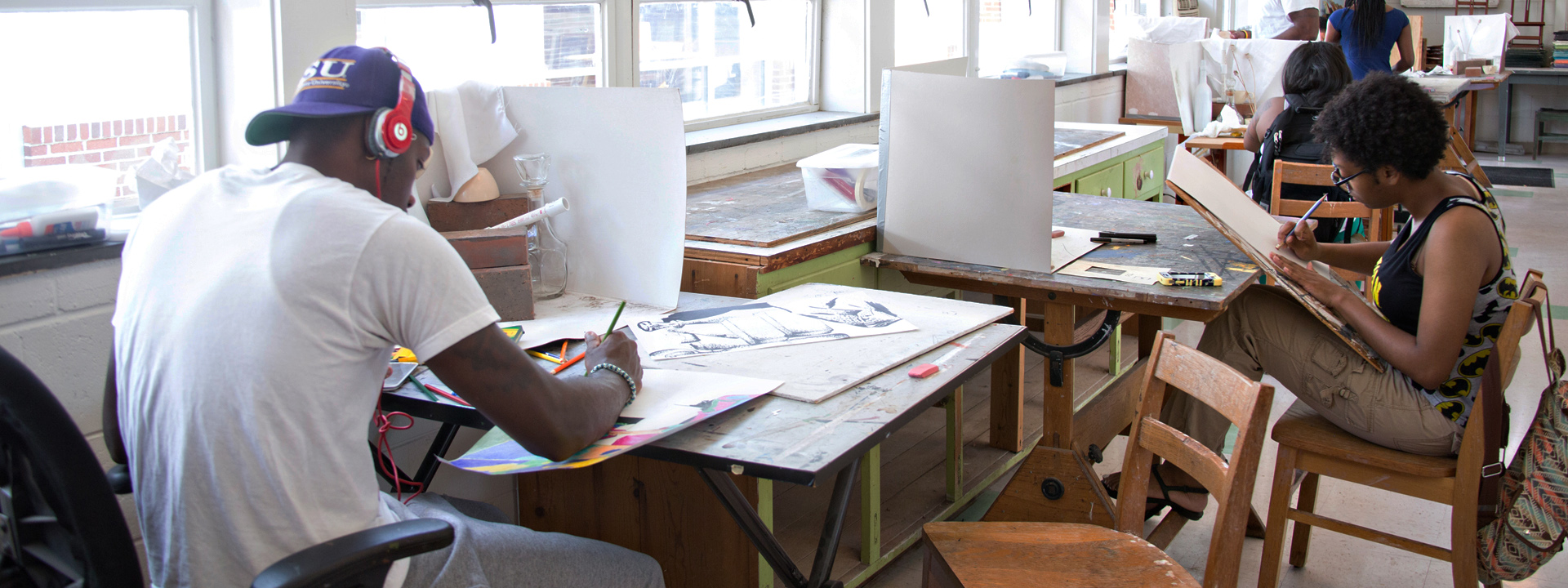 students creating artwork